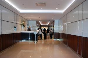 Entrance lobby of school bulding (2)